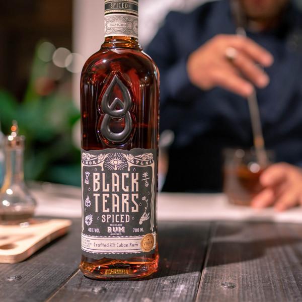 Black_Tears_Quarantaene_Cocktails